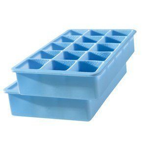 Can I give my dog ice cubes?